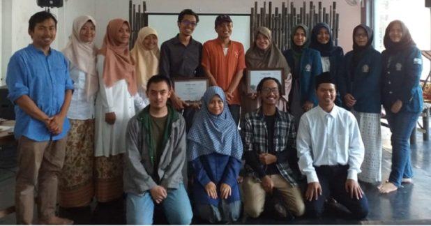 Tim PWK-Arsitek Fakultas Teknik Universitas Diponegoro meraih juara 3 LKTI