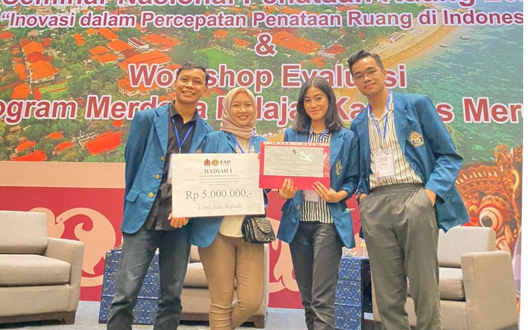 Mahasiswa PWK UNDIP berhasil meraih juara 1 Nasional dalam Lomba Penghargaan Karya Terbaik Studio Perencanaan Tata Ruang 2021